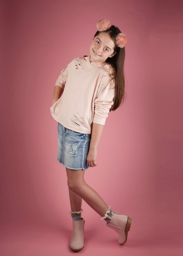 child-model-studio-photography